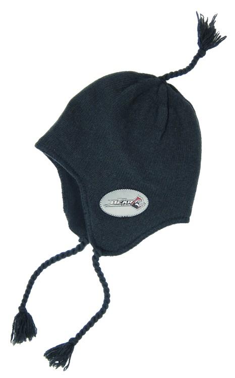 earflap-hat-wiht-label